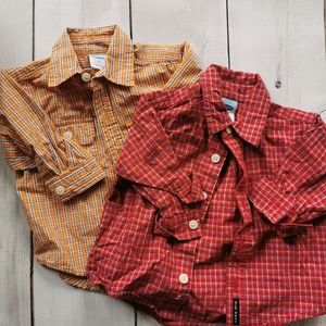 Set of 2 plaid Button down shirts